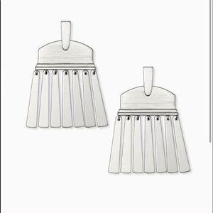 Kendra Scott Silver Layne Earrings. NWT
